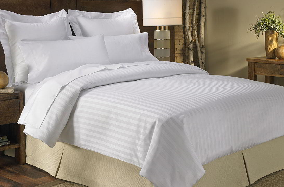 Sateen Bed & Bedding Set - Marriott Hotel Store